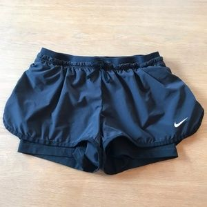 Nike dry fit 2 in 1 shorts EUC